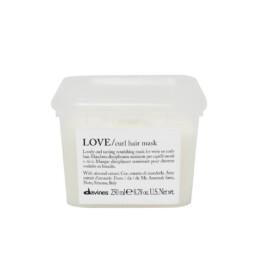 Davines Love Curl, odżywcza maska do włosów kręconych i falowanych, zapewniająca miękkość i nawilżenie. Pojemność 250ml.